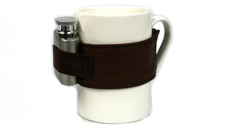 Taza para el café y alguna cosita más (petaca)