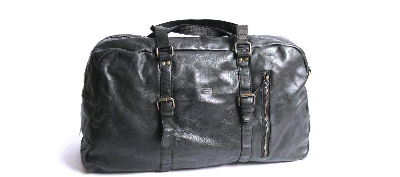 Bolsa de viaje en piel envejecida color negro - comprar online precio 238€ euros