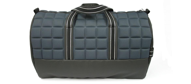 Bolsa de viaje con asas reflectantes  marca Nava Design - comprar online precio 135€ euros