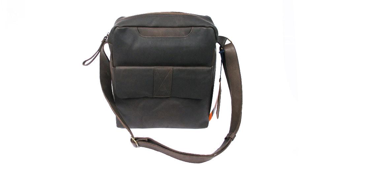 Bandolera grande de piel color marrón - comprar online precio 135€ euros