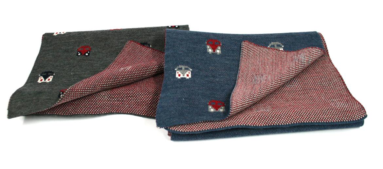 Bufanda foulard de punto con motivo de furgoneta volkswagen - comprar online precio 36€ euros