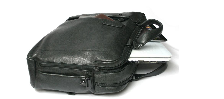 Cartera dos asas,  dos compartimentos para portátil de piel marca Piquadro - comprar online 310€ euros
