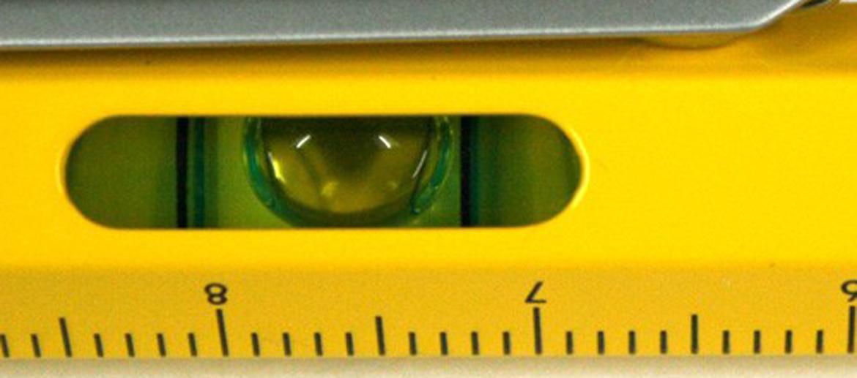 Bolígrafo, escalímetro, nivel, destornillador y puntero para pantallas táctiles