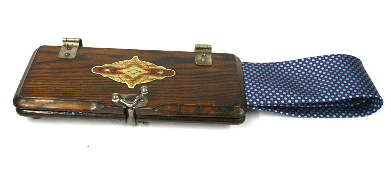 Corbatero planchador de corbata antiguo - comprar online precio 75€ euros