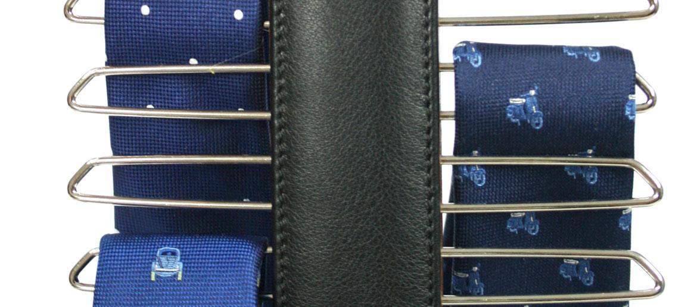 Corbatero tipo percha para armario plano en piel - Comprar Online Precio 32€ euros