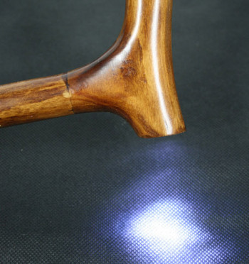 Bastón madera haya con luz de leds