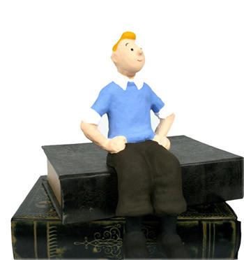 Tintín sentado, figura artesanal en cartón piedra - comprar online precio 70€ euros