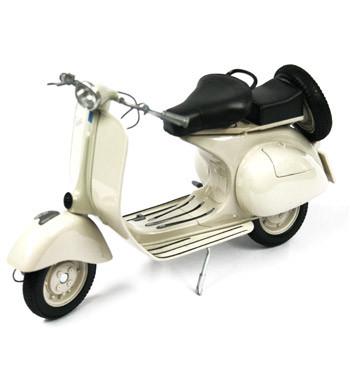 Replica de moto Vespa del año 1956 - comprar online precio 65€ euros