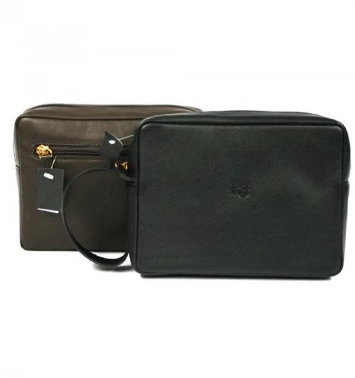 4c12f88ba77 Bolso de mano hombre en piel negra o marrón con asa - Comprar online Precio  65€ euros