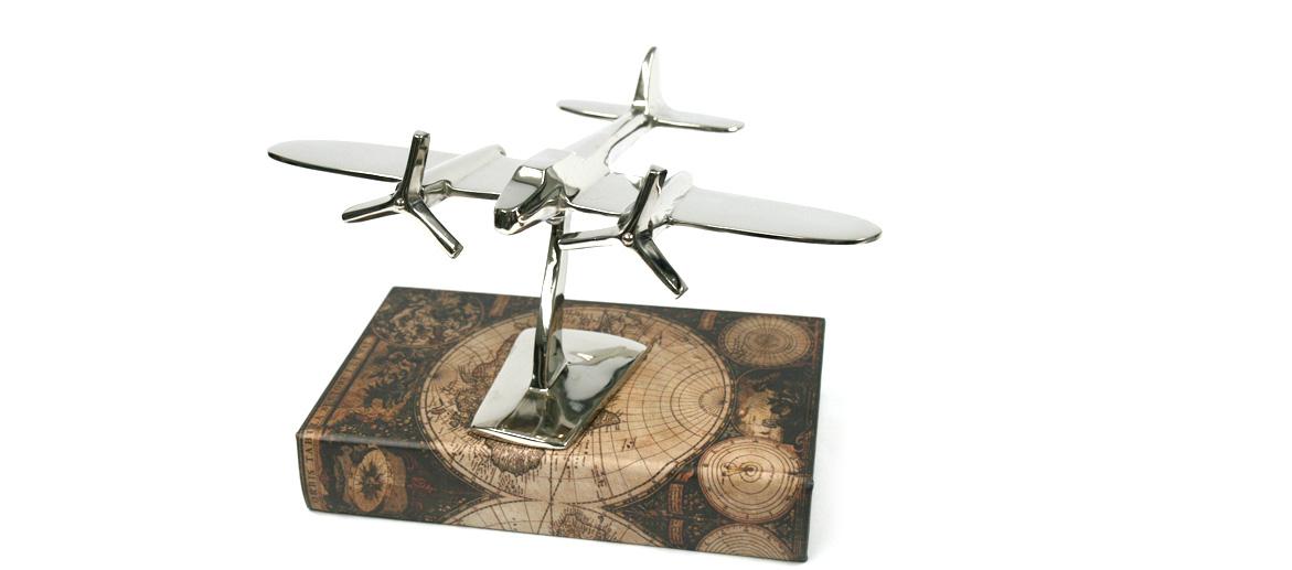 Figura de avioneta para decorar la librería de tu casa o despacho - comprar online precio 62€ euros