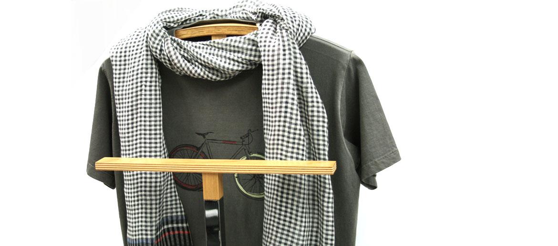 Galán de noche, mozo perchero - Comprar online precio 102€ euros - Diseño minimalista
