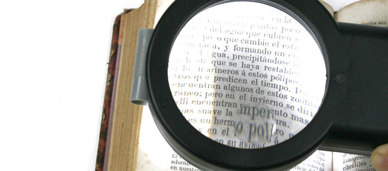 Lampara de lectura con lupa incorporada - comprar online precio 25€ euros