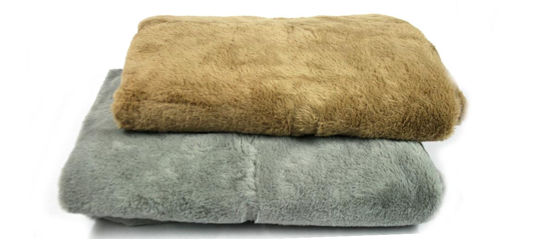 Manta de sofá para las siestas en pelo sintético - comprar online precio 49€ euros