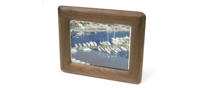 Marco de fotos de madera de Nogal para tu casa o despacho - comprar online precio 28€ euros