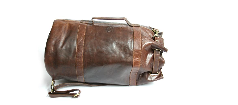 Mochila petate de piel envejecida marrón - comprar online precio 175€ euros