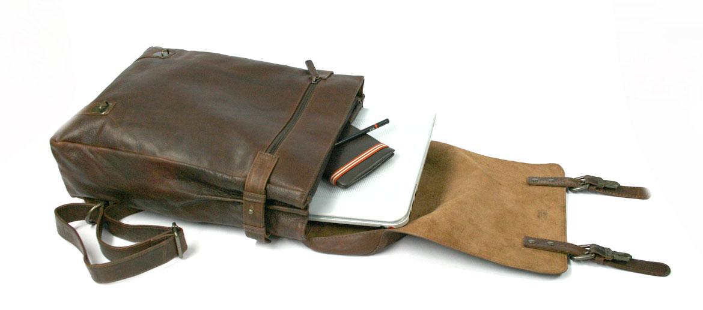 Mochila con solapa informal de trabajo en piel - comprar online precio 182€ euros