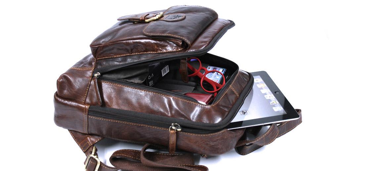 Mochila pequeña de trabajo en piel envejecida color marrón con bolsillo frontal - comprar online precio 145€ euros