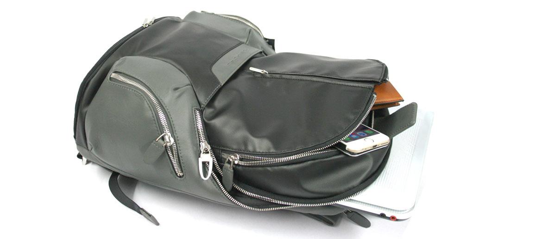 Mochila informal para portátil 13 pulgadas marca Piquadro color negro - comprar online precio 328€ euros