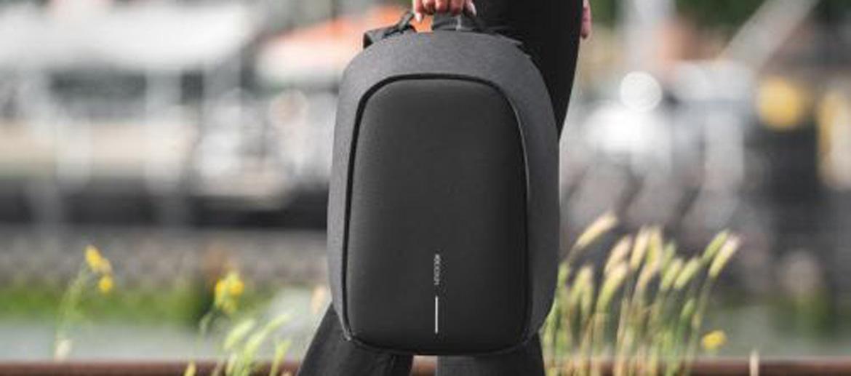 Mochila urbana anti robo pequeña marca XD - comprar online precio 88€ euros