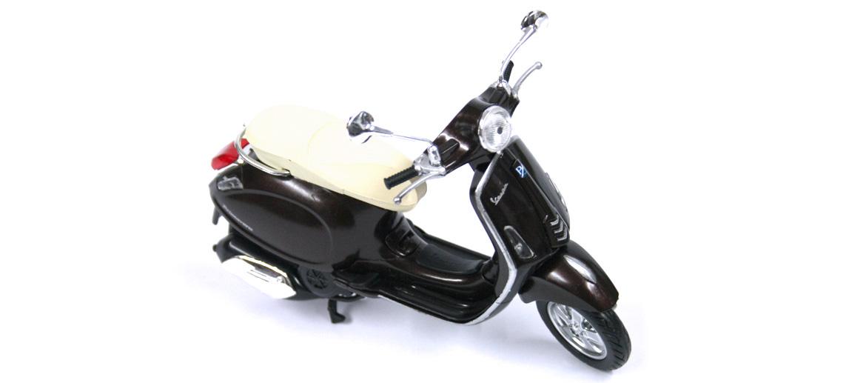 Moto Vespa decorativa réplica del modelo primavera - comprar online precio 25€ euros