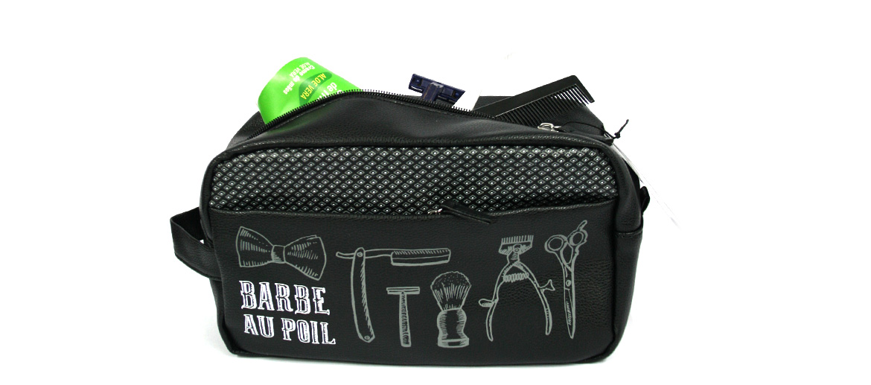 Neceser bolsa de aseo joven y desenfadada - comprar online precio 26€ euros