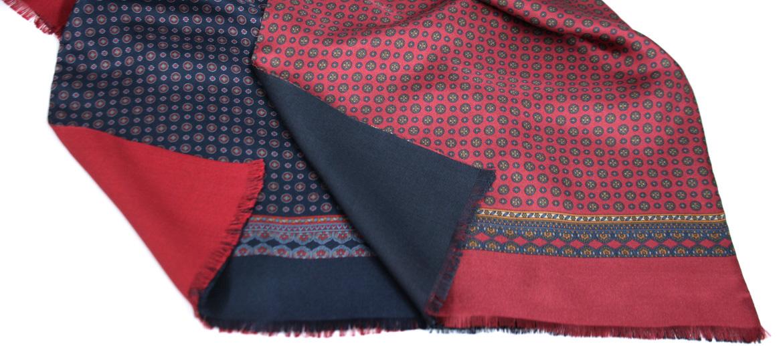 Pañuelo foulard de seda y modal dibujo pequeño - comprar online precio 95€ euros