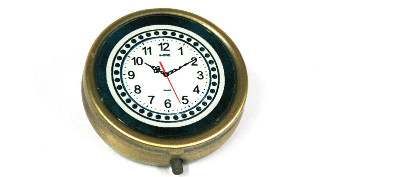 Pastillero de bolsillo dibujo original de reloj - Comprar Precio 22€ euros
