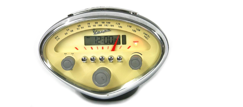Radio reloj despertador  faro de moto Vespa - comprar online precio 125€ euros