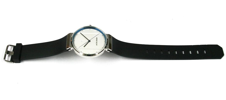 Reloj de pulsera esfera blanca con detalle en azul marca Jacob Jensen - comprar online precio 230€ euros