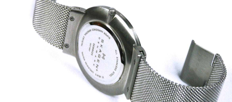Reloj de pulsera esfera blanca con correa de malla marca Skagen - comprar online precio 179 € euros