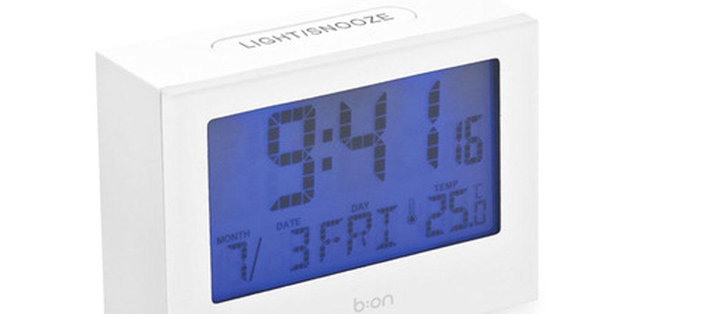 Reloj despertador de sobremesa con temperatura y calendario - comprar online precio 20€ euros