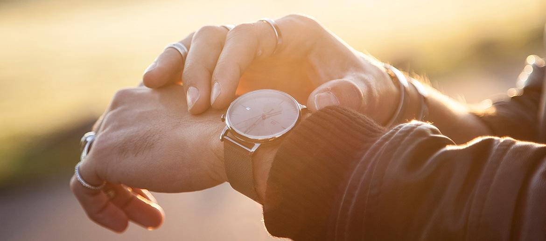 Reloj de pulsera esfera marrón marca Danish Design - comprar online precio 225€ euros