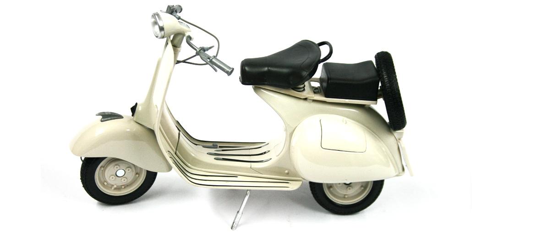 Replica de moto Vespa del año 1957 - comprar online precio 65€ euros