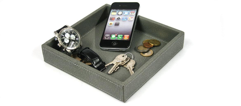 Vacía bolsillos cuadrado polipiel imitando a lagarto color gris - comprar online precio 23€ euros