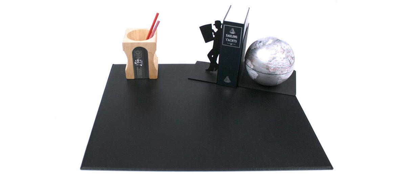 Vade carpeta sencilla para tu mesa de despacho de piel negra - comprar online precio 135€ euros
