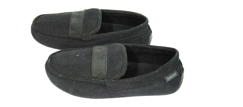 Zapatilla cerrada para estar por casa tipo mocasín - comprar online precio 48€ euros